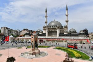 Istanbul-Taksim-Mosque-front